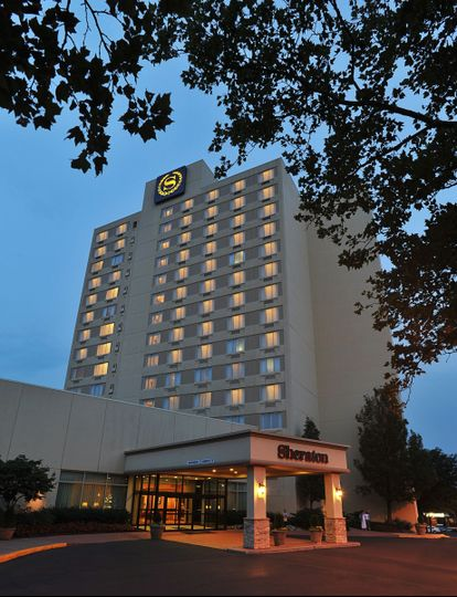 exterior evening bucks county sheraton 2011