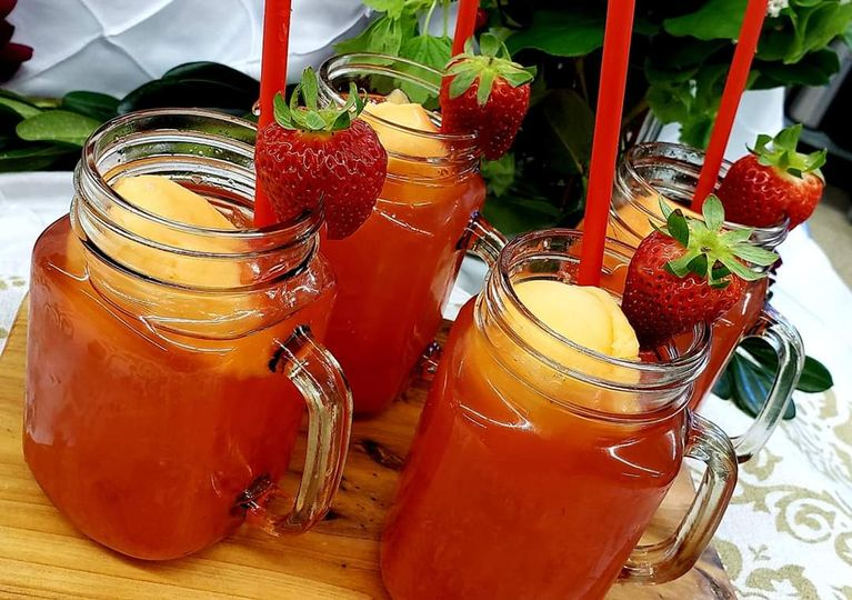 Strawberry Mango Refreshers
