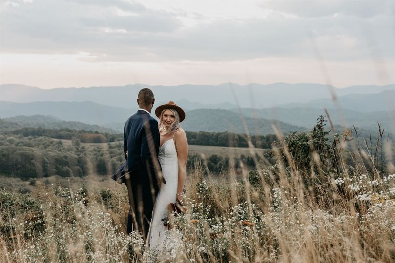 Breathtaking backdrop - Tiff Kennedy Photography