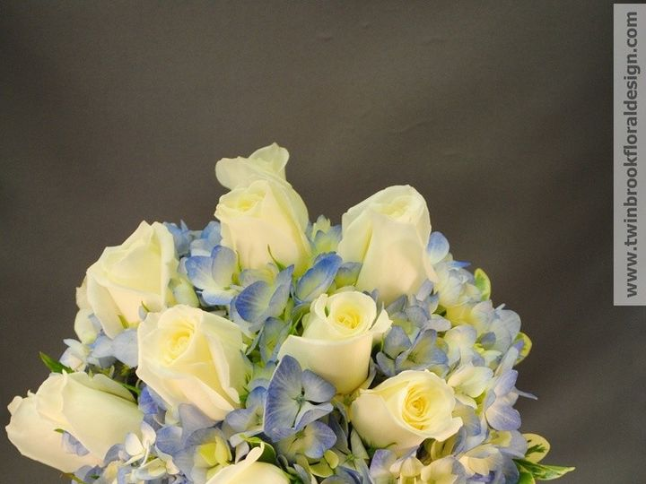 Tmx 1382374098323 39d6d1e98655c9f299fcd3566930cd03 Chantilly, VA wedding florist