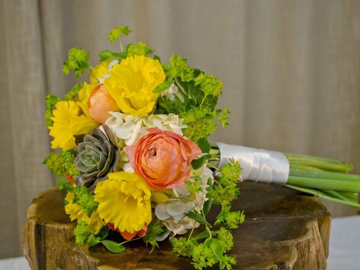 Tmx 1460493390902 Dsc0990 Chantilly, VA wedding florist