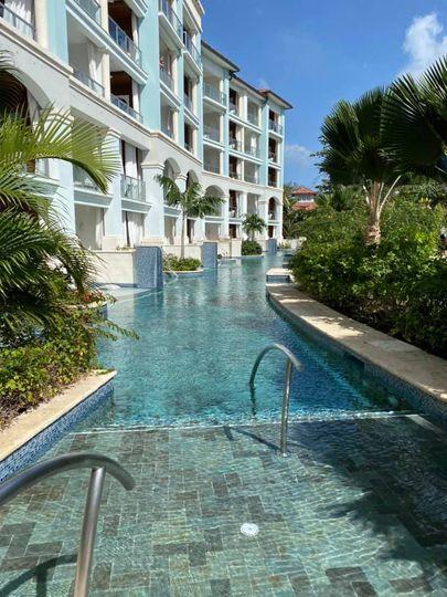 Barbados swim up rooms