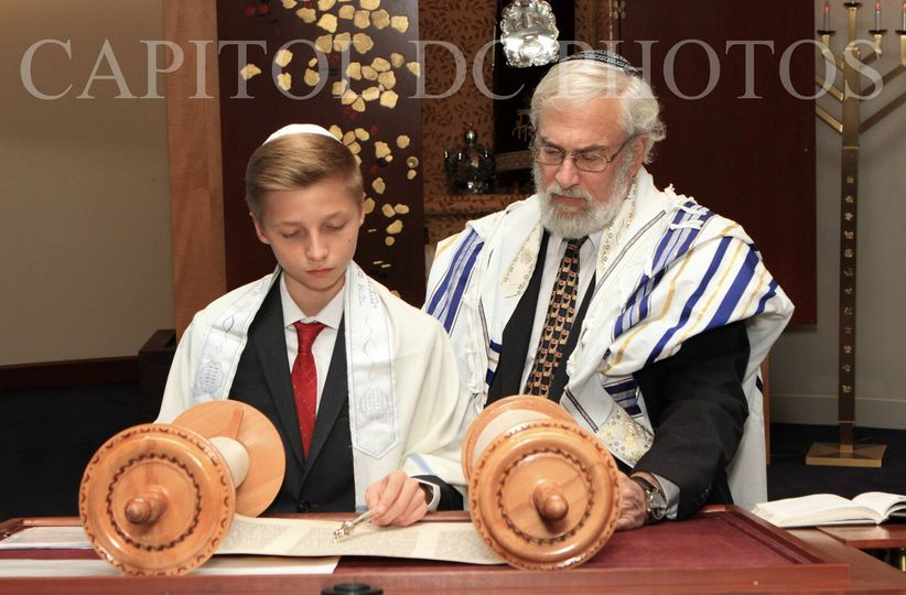 Bar Mitzvah photographer and Bat Mitzvah photographer in NYC's, DMV & South Florida