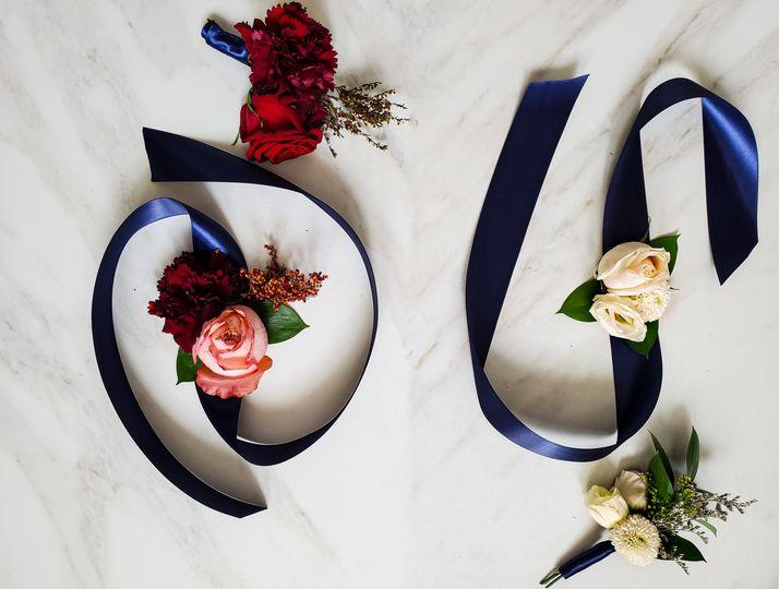 Oxo weddings (corsage + bouton