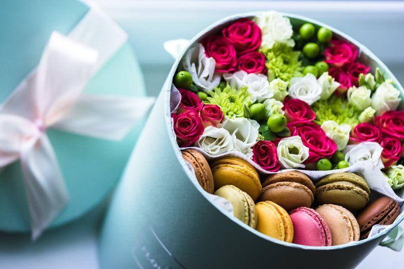 Oxo weddings (bridal box)