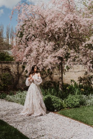 Alana stuns in the spring