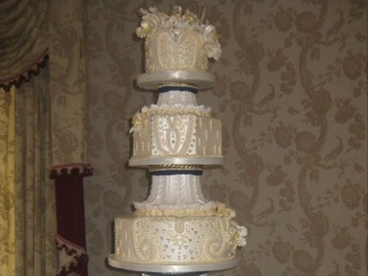 Tmx 1287697997098 13345333797310513281668075513101336473342370n Houston, TX wedding cake