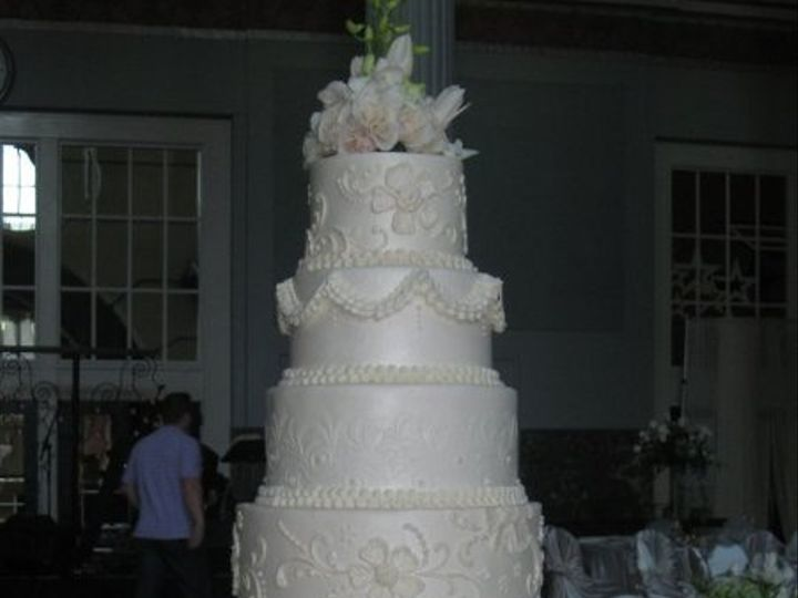 Tmx 1287698014911 1500710150098107895514281668075513115101196757840n Houston, TX wedding cake