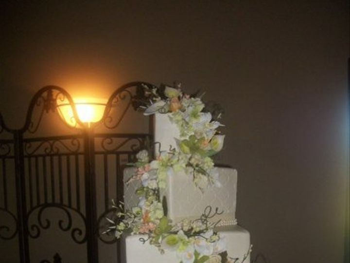 Tmx 1287698017286 18044472764540513281668075513112643192488204n Houston, TX wedding cake