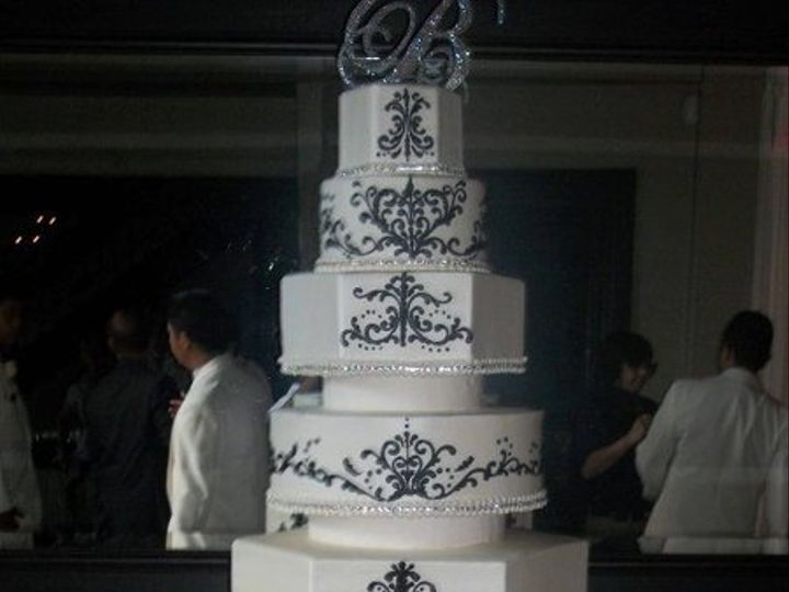 Tmx 1287698047942 4659210150242801770514281668075513147285702941444n1 Houston, TX wedding cake