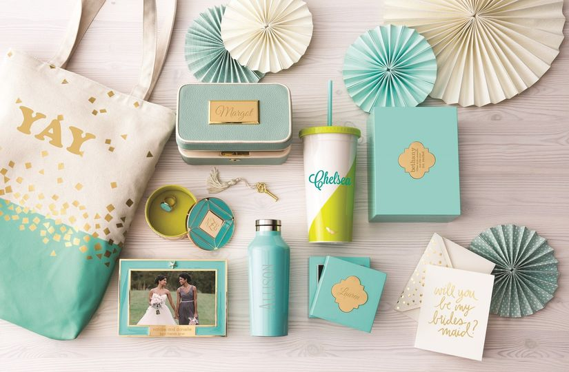 Create joy with turquoise: Our favorite bridesmaid gifts in gorgeous hues of blue and green.