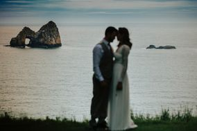 Crook Point Vacations and Weddings