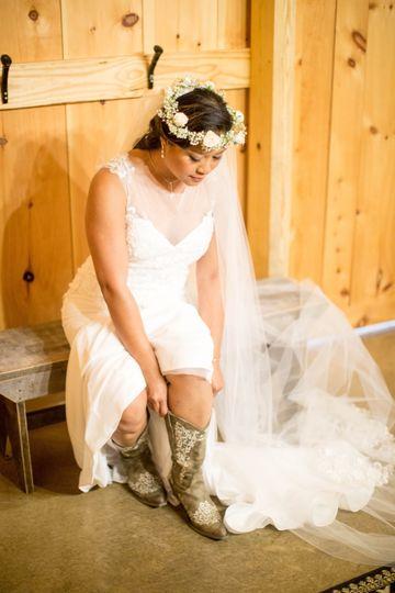 Cowboy-boot bride
