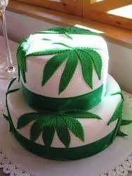 marijuana leaf cake
