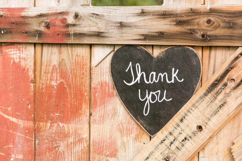 Perfect Cadence Events rustic decor giving thanks