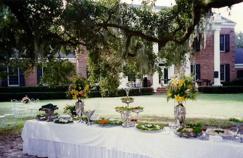 The Gift Horse Safe Harbour Plantation on Bon Secour River is a lovely Outdoor Event Venue for up to...