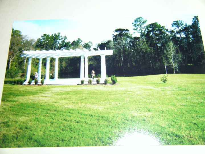 The Gift Horse Safe Harbour Plantation a beautiful place make your vows.
