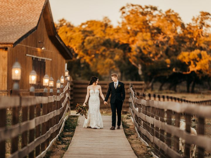 Tmx Angela And Joshua3924 51 741759 160628311949012 Johnson City, TX wedding venue