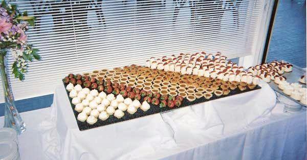 Tmx 1245187231057 MiniDesertsfs Rohnert Park wedding catering