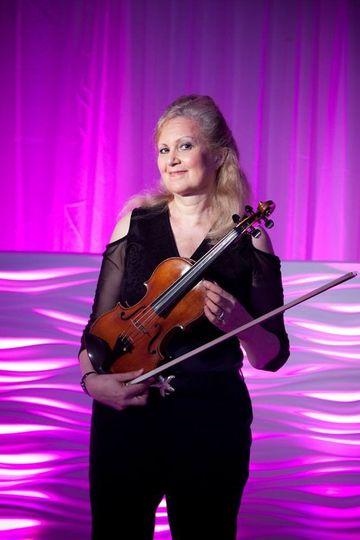 Capriccio ensemble's solo violinist
