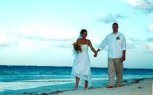 Tmx 1332091219568 Gallomatteronbeach Waukesha wedding travel