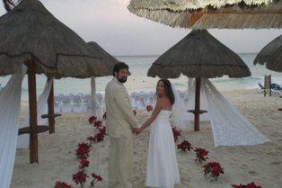 Tmx 1332091225258 Larsonlookback Waukesha wedding travel