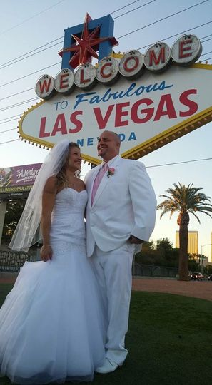 Wedding in Vegas Hawaii