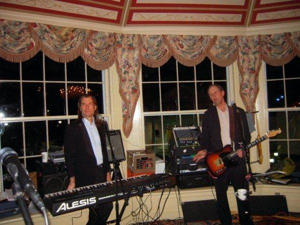 The Classix perform at a Vermont wedding