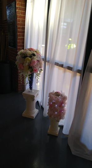 Floral decor by the window