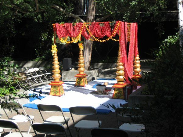 Hindu Wedding in Courtyard