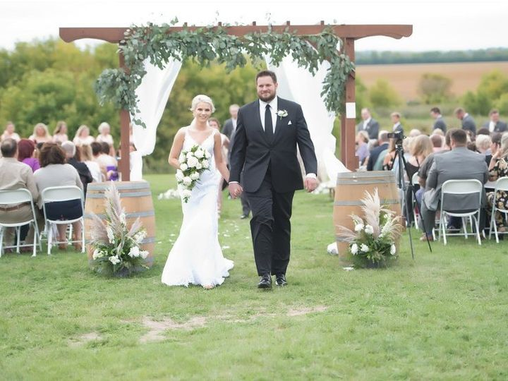 Tmx Brittany And Dakota Aspen Studio 51 903859 Hatton, ND wedding venue