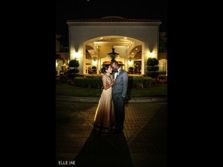 Tmx Fountain Night With Couple 51 143859 159399565799274 San Mateo, CA wedding venue