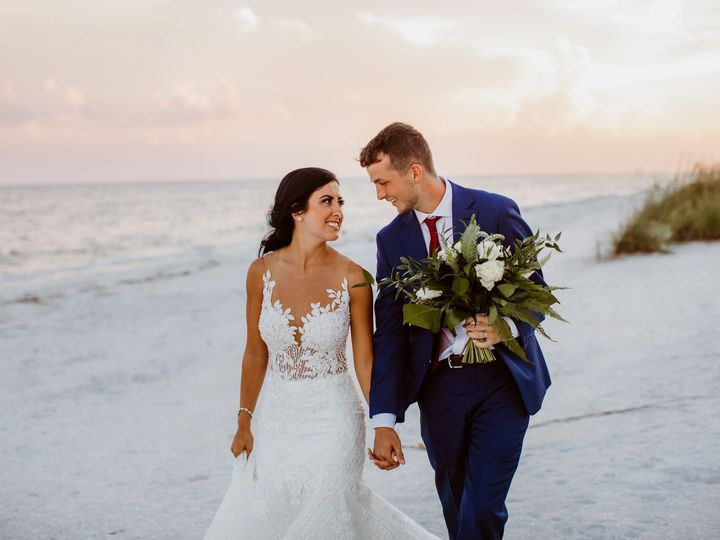 Tmx Couple Twist Of Fate Imagery 51 414859 Sanibel wedding venue
