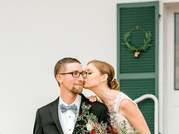 Tmx 1515732443 3c75fd03e66814a0 1515732441 Ffe26809728acaf1 1515732440934 1 GALLERY Emily And  Culpeper, VA wedding florist
