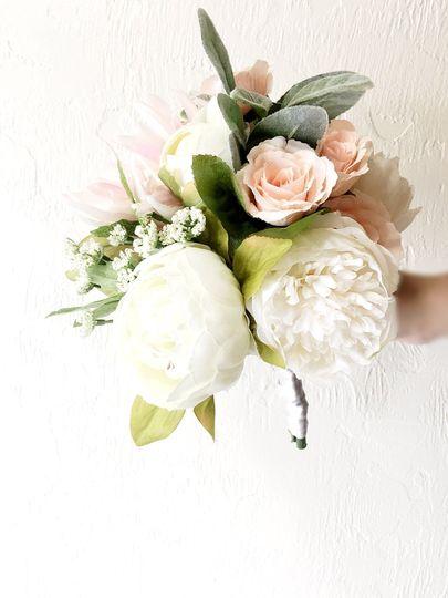 Silk bridesmiads bouquet