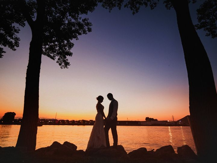 Tmx Zach Kara Sunset 51 27859 1569966843 Green Bay, Wisconsin wedding venue