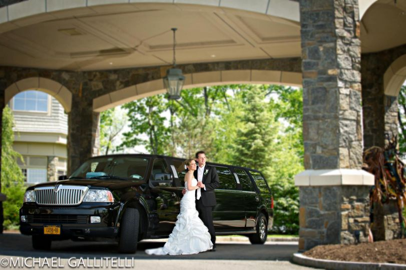 Wedding 14 Passenger