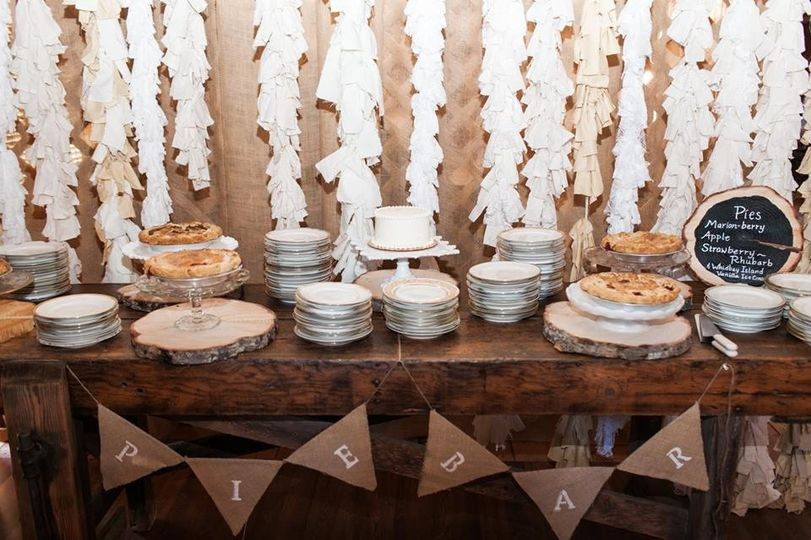 Local pie bar for dessert.   Pies by Knead & Feed  Photo courtesy of Kate Price Photography