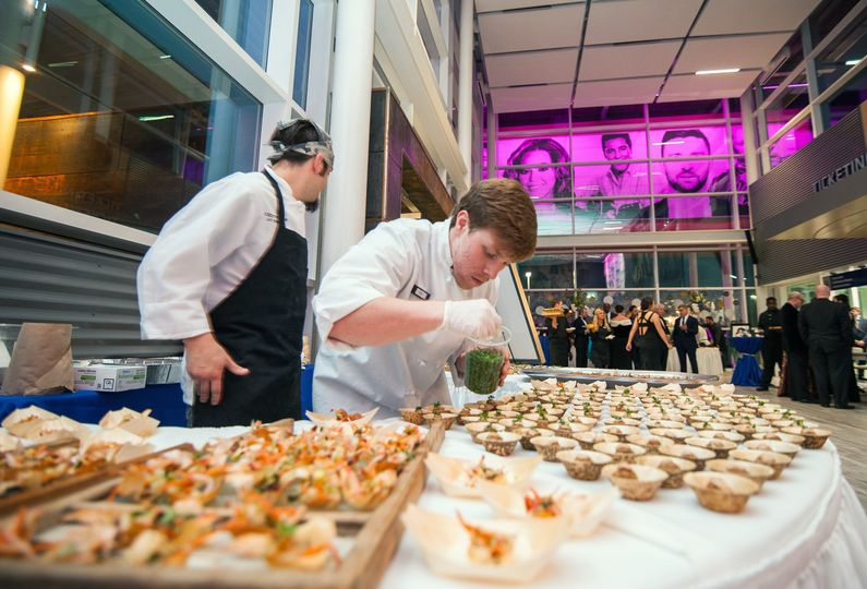 Lobby-Hors D'oeuvres with Servers