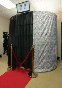 Our Demasque or also referred to as our Black and White booth.We fit large groups!  Up to 10 adults....