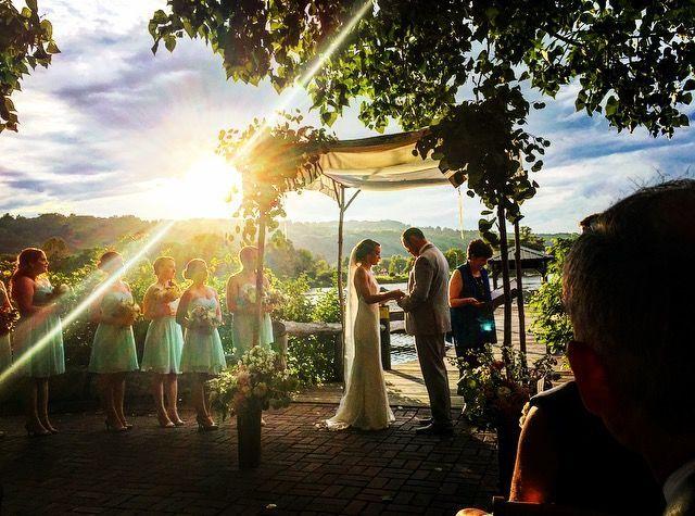f14dab68595897b6 1518114031 fe47181e08f34581 1518114030474 10 Wedding at the IF