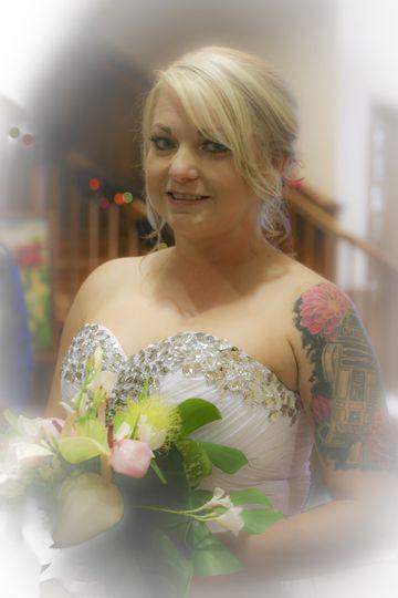 Shoulda kissed her wedding 3