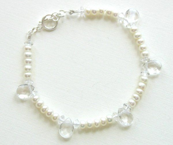 Classic elegance, this simple bracelet can 