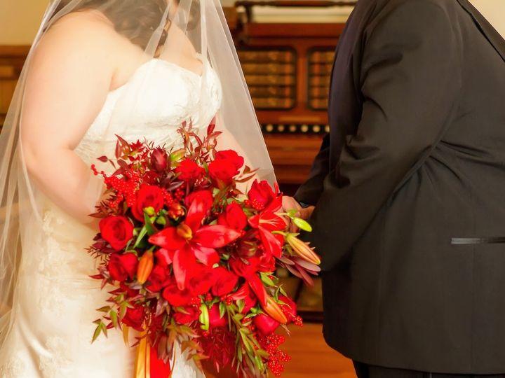 Tmx 1488253530016 Jj Red Cascading Clackamas, OR wedding florist