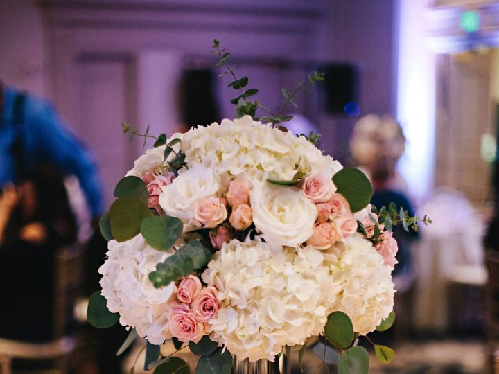 Tmx 1533229413 706ceb67501afbb2 1533229411 E81e0600c4891bfd 1533229417103 1 Centerpiece Pro Clackamas, OR wedding florist