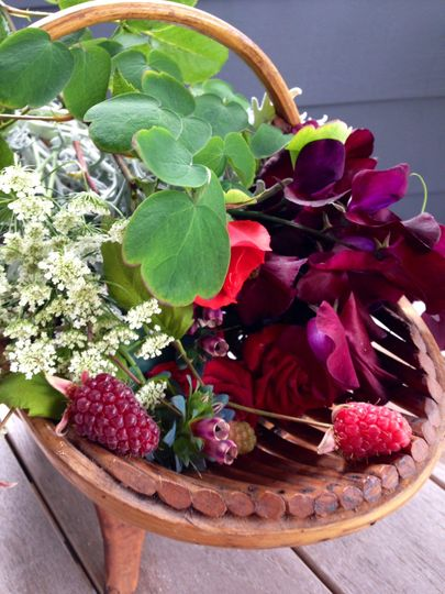 The Black Hose Flowers cutting garden adds those extra beautiful details to bouquets, boutonnieres,...