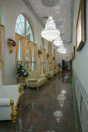Side Lobby