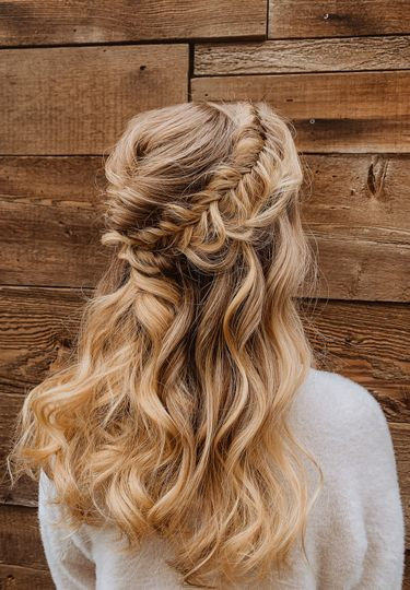 Fishtail Downstyle