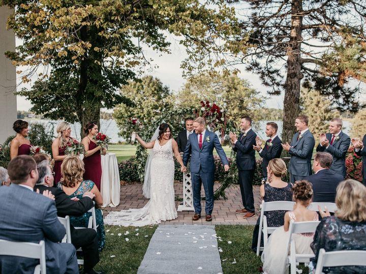 Tmx Ceremony Paperantler 0065 1 51 1274069 158568638269350 Minneapolis, MN wedding planner