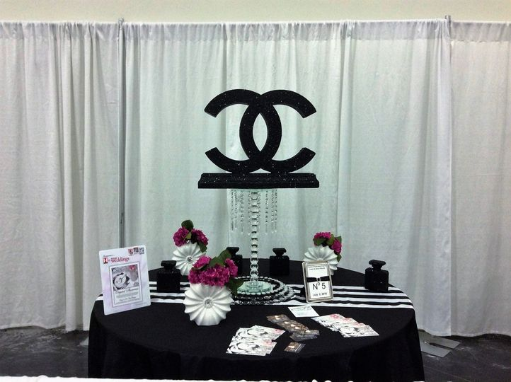 Crystal showcase events decor event rentals houston for Decor 77005